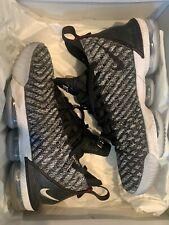 Used Nike Zoom LeBron James 16 Oreo Basketball Shoes US 9.5