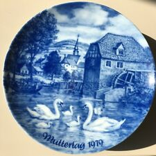 Porcelain Plate Berlin Design Mother's Day MUTTERTAG 1979 GENUINE BLUE CHINA