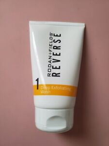 RODAN and FIELDS REVERSE DEEP EXFOLIATING WASH 4.2 oz *NEW AND SEALED*