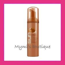 MousMousse autobronzante au complexe raffermissant AVON MAGIC TAN