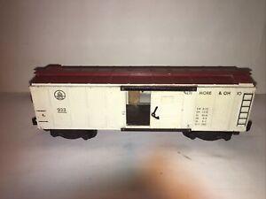 American Flyer #933 Baltimore & Ohio Boxcar Has Door Latches Couplers Brake Whl