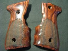 Beretta 92F, 96F, 92FS, 96FS, M9 Rosewood CHECKERED Fingergroove Pistol Grips