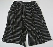 Black White Pin Stripes ELLEN TRACY Knee-Length Culottes, Waistline is 26 inches