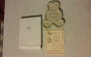 NEW Pampered Chef Clay Cookie Mold 1994 Teddy Bear with Receipe Instruction Book