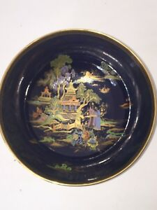 Large Crown Devon Bowl in immaculate condition. Pattern 5180
