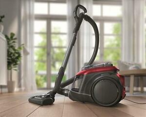 lectrolux ZSP4302PP Cyclonic Bagless Vacuum Cleaner - Red 12 months warranty