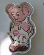 "Wilton Cake Pan ""Little Mouse"" 1987 #2105-2380 Used once Great Condition Every O"