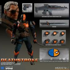 IN HAND*** NEW MEZCO BATMAN DC COMICS DEATHSTROKE ONE:12 COLLECTIVE FIGURE