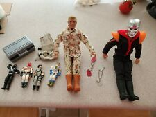 Vintage lot GI Joes Sinestro and Duke plus 4 small ones, dogtags,gun case, pack
