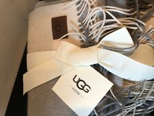 NEW UGG Australia Home Buffalo Plaid Throw Blanket Ivory Gray