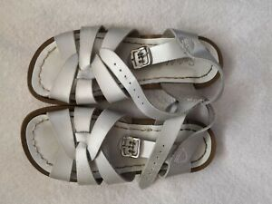 Saltwater Sandals Size 12 Girls Shoes