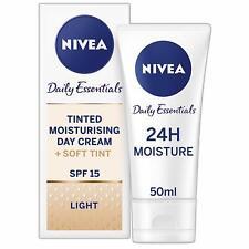 Nivea Tinted Moisturising Day Cream  spf 15 24 Hour Moisture LIGHT