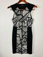 Portmans Ladies Black and White Pattern Zipper Front Sleeveless Dress Size 10