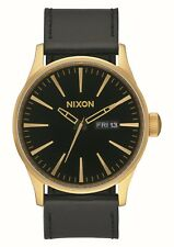 Reloj Nixon Sentry Leather Oro-negro