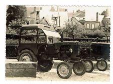 photographie Cabine de tracteur MARCEL BARDET Sarthe EVAILLE SAINT CALAIS 1952