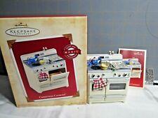 "2004 Hallmark Qlx7611 ""Christmas Cookies!"" Ornament"