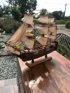 HMS VICTORY wooden MODEL SHIP old vintage LORD ADMIRAL NELSON NAUTICALIA LONDON