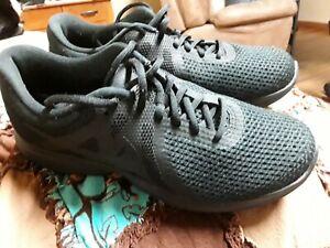 e running shoes