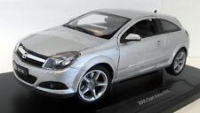 Modellini statici Auto per Opel Scala 1:18