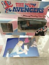 THE AVENGERS JOANNE LUMLEY SIGNED CORGI STEED RANGE ROVER WITH PHOTO