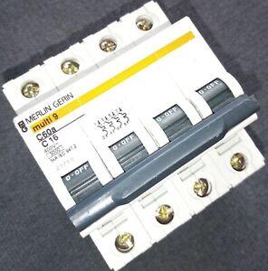 Disjoncteur Tétrapolaire Modulaire MERLIN GERIN Multi 9 Courbe C60A 4P C16 23718