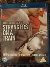 Alfred Hitchcock's Strangers on a Train Blu-ray