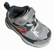 NIKE DART 8 TODDLERS BOYS SPORTS SNEAKERS SILVER GRAY RED SIZE 5 C