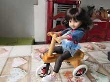 Tricycle pour Ruby Red Galleria fashion friends ou poupée 30/35 cm