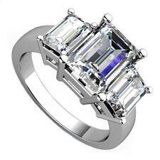 18kt I VS 2.00ct Three-Stone Emerald Diamond Cut Engagement Ring