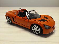 Coche Maisto 1/18: Opel Speedster