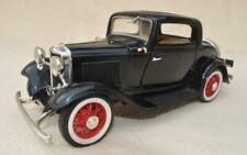 """ROAD LEGENDS  1:18 """" 1932 BLACK FORD 3 WINDOW COUPE """" DIECAST AMERICAN MODEL CAR"""