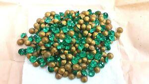 48 swarovski vintage 32 facet dentelles stones,37ss(7.9mm)light peridot(emerld ?