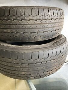 2x Kumho Road Venture St 235/65/17 part worn tyres 4mm tread