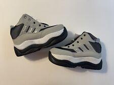 New Retractable Cloud 9 Roller Skate Shoes Size 7 1/2 US
