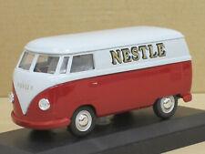 """VW T1 Transporter Bulli in grau/rot """"Nestlé"""", OVP + Vitrine, Vitesse, 1:43"""