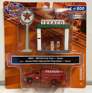 Mini Metals HO Scale Texaco 1960 Ford Tank Truck With Gas Pumps & Sign #40002