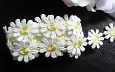 1 1/8 inch wide embroidered daisy lace trim selling by the yard