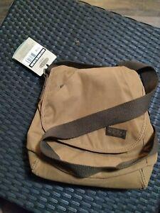 Keen Hybridlife Transport Brooklyn II Brushed Twill Brown Crossbody Bag
