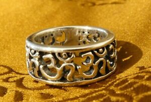 "Traumhafter massiver RING mit ""OM"" 925 Silber aus NEPAL"