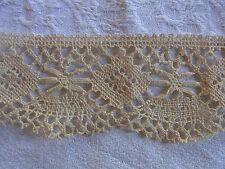 DRG22 Ancien galon dentelle du Puy beige 6cmx100cm  Old bobbin linen lace braid