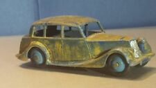 Dinky Toys Triumph 1800 Saloon #40b