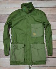 FJALLRAVEN Gore-Tex Mens Rain Jacket Hunting Waterproof Raincoat Size Medium