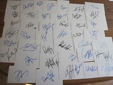 LOT OF 210 DIFFERENT AUTOGRAPHED SIGNED 3X5 INDEX CARDS FROM THE 1980's NHL T