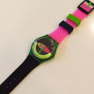 "Vintage SWATCH Watch ""Sandy Mountains"" 1989 GG105 STRAP SWAP Pink Green Black"