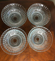 "KIG Indonesia Glass Serving Salad Bowls Fleur De Lis  7.5"" W X 3"" Tall Set Of 4"