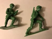 Lot of  MARX Green Infantry soldiers 50 pieces IN 6+ ASSORTED POSES unbranded
