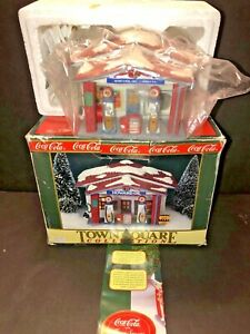 COCA COLA TOWN SQUARE HOWARD OIL SERVICE STATION PORCELAIN VILLAGE HOUSE RETIRED