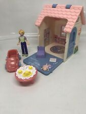 FISHER-PRICE LOVING FAMILY SWEET STREETS GIRLS CLUB PINK HOUSE Car Doll Table