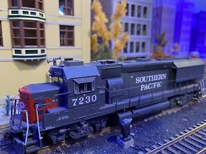 Southern Pacific SP EMD GP40X #7230 Athearn RTR DCC Ready Quick Plug ATH94721 HO