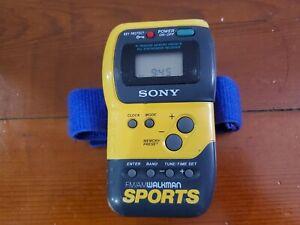 Sony SRF-M70 Sports Radio FM/AM Walkman Digital Tuner (with strap, tested/works)
